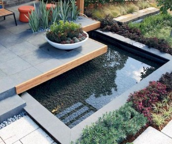 Cool Fish Pond Garden Landscaping Ideas For Backyard 49