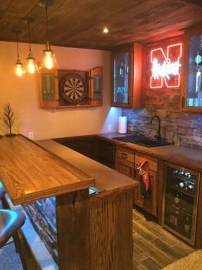 Cozy Home Bar Designs Ideas To Make You Cozy 18