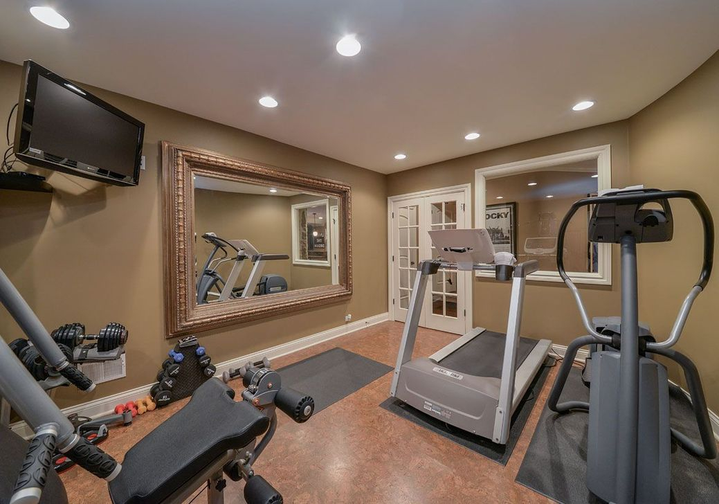 Enchanting Home Gym Spaces Design Ideas To Try Asap 37