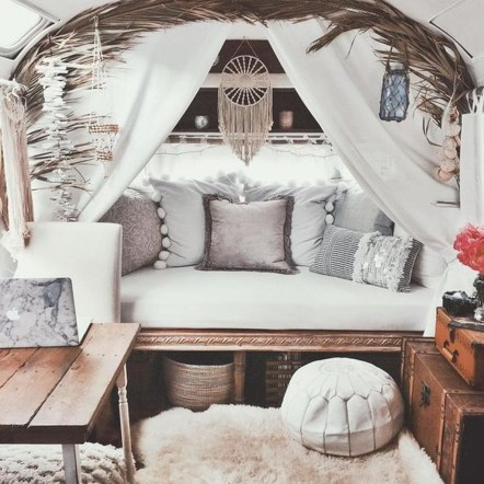 Excellent Airstream Interior Design Ideas To Copy Asap 33
