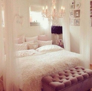 Fancy Champagne Bedroom Design Ideas To Try 04
