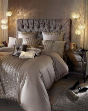 Fancy Champagne Bedroom Design Ideas To Try 44