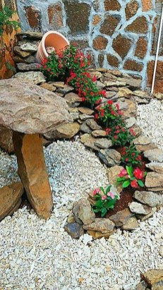 Modern Flower Beds Rocks Ideas For Front House To Try 06