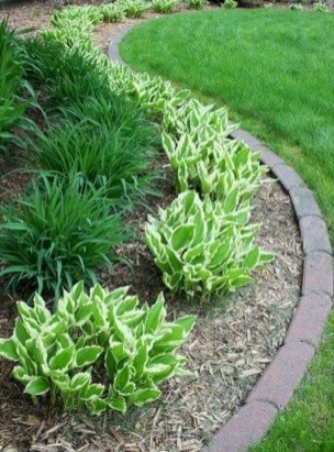 Modern Flower Beds Rocks Ideas For Front House To Try 09