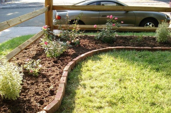 Modern Flower Beds Rocks Ideas For Front House To Try 36