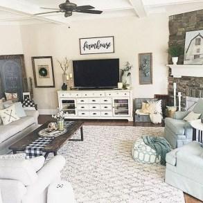 Splendid Farmhouse Living Room Decor Ideas 04