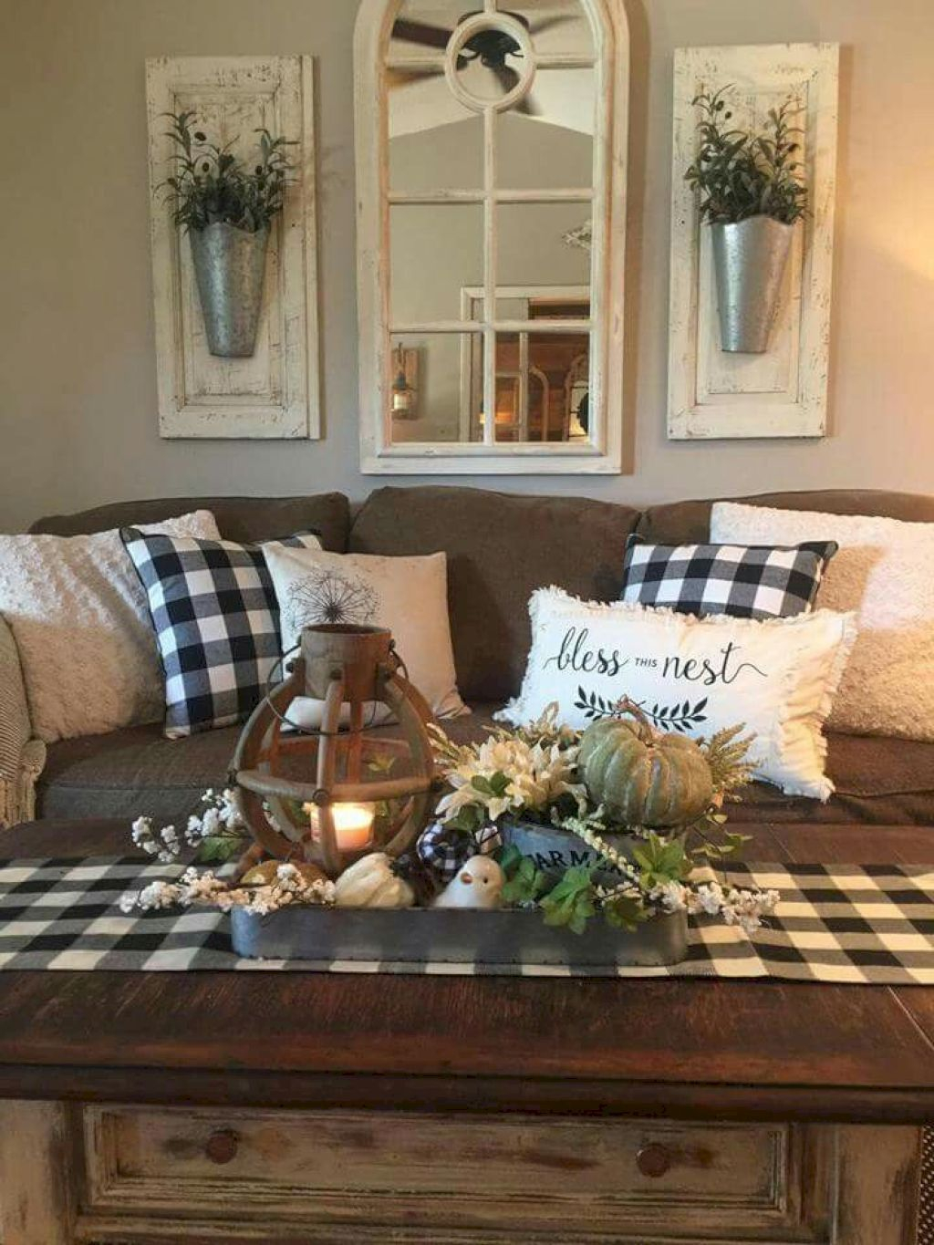 Splendid Farmhouse Living Room Decor Ideas 27