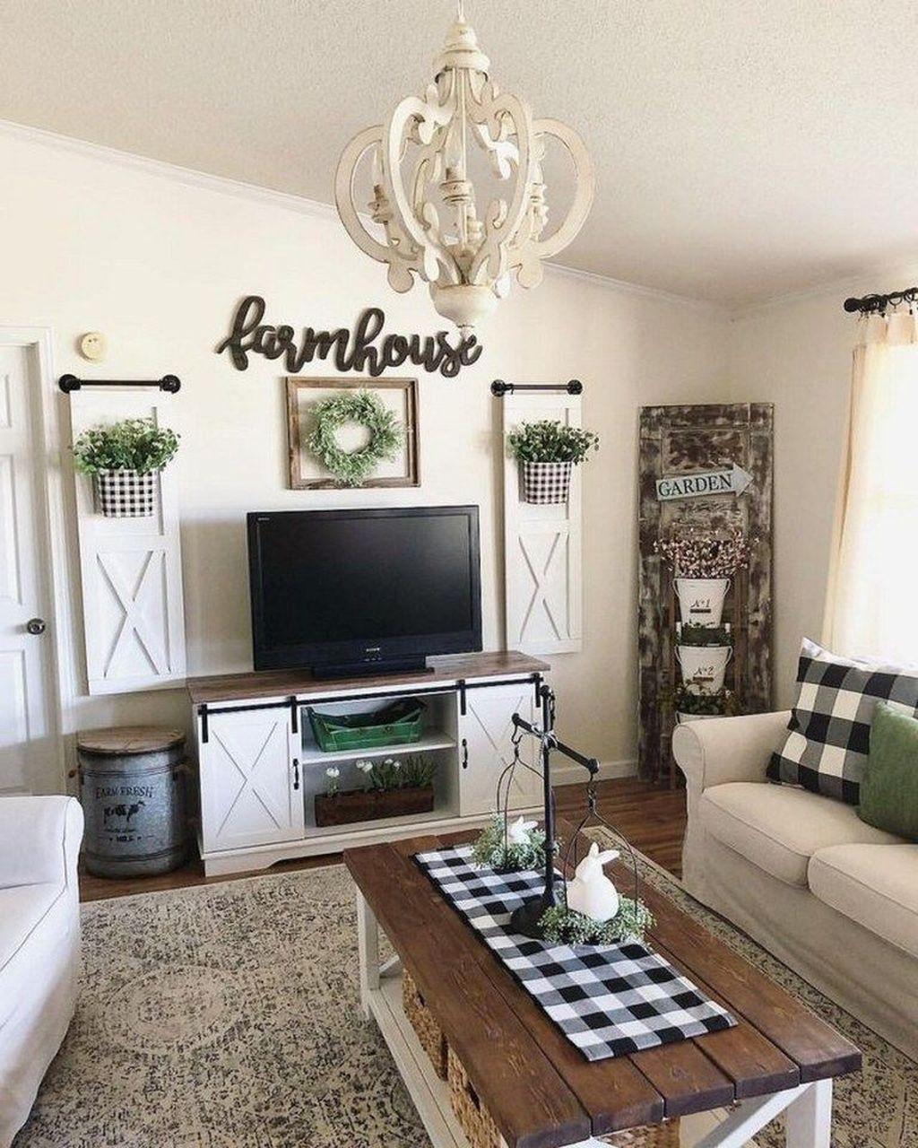 Splendid Farmhouse Living Room Decor Ideas 40