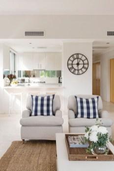 Splendid Farmhouse Living Room Decor Ideas 42