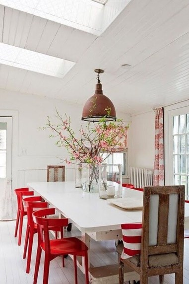 Superb Red Apartment Ideas With Rustic Accents 22