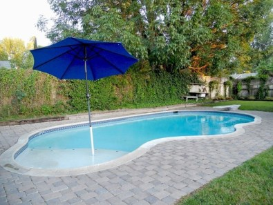 Top Natural Small Pool Design Ideas To Copy Asap 05
