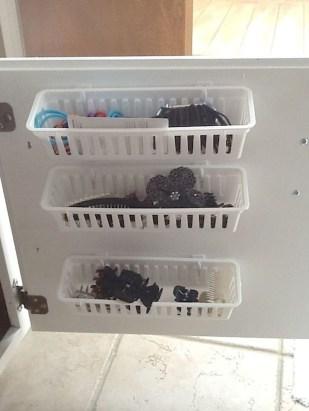 Affordable Diy Bathroom Storage Ideas For Small Spaces 08