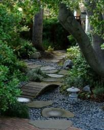 Amazing Design For Tiny Yard Garden 05