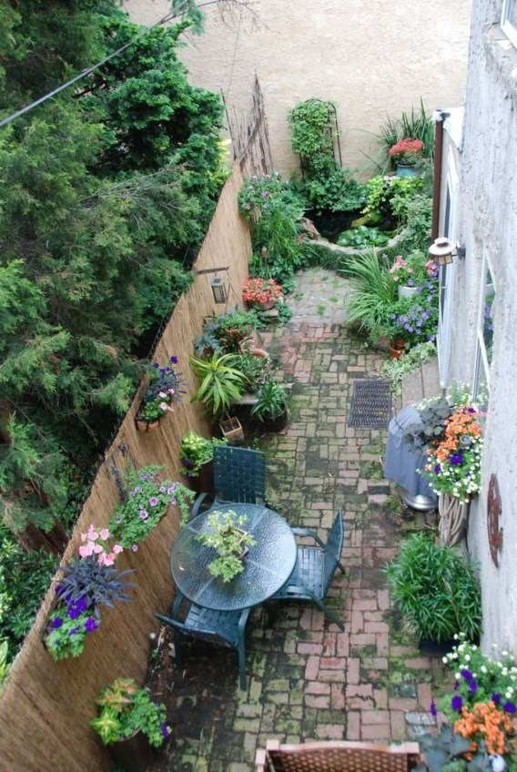 Amazing Design For Tiny Yard Garden 37
