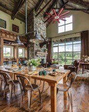 Astonishing Rustic Dining Room Desgin Ideas 09