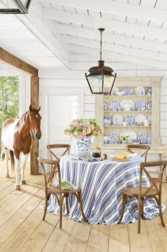 Astonishing Rustic Dining Room Desgin Ideas 20