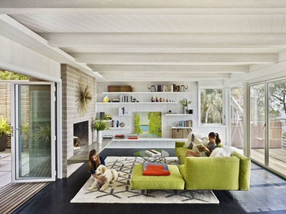 Comfortable And Modern Mid Century Living Room Design Ideas 08