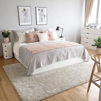 Cute And Girly Pink Bedroom Design For Your Home 08
