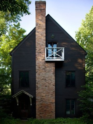 Modern Homes Decorating With Black Exteriors 21