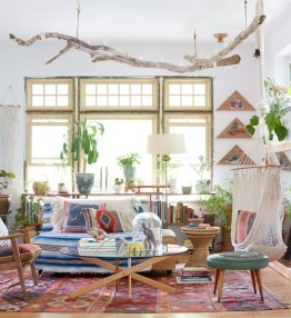 Stunning Bohemian Living Room Design Ideas 02