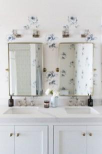 Beautiful Classic Bathroom Design Ideas 03