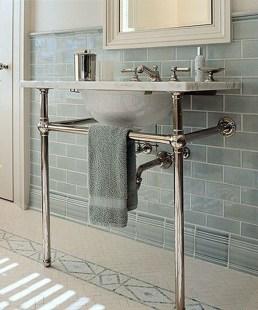 Beautiful Classic Bathroom Design Ideas 20