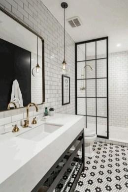 Beautiful Classic Bathroom Design Ideas 26