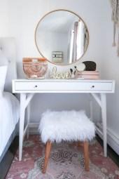 Brilliant Small Apartment Decor And Design Ideas 05
