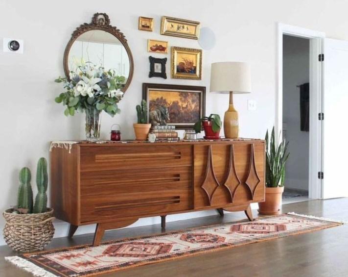 Brilliant Small Apartment Decor And Design Ideas 22