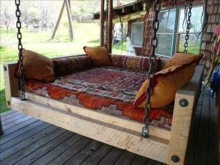 Comfortable Lake Bedroom Design Ideas 31