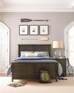 Comfortable Lake Bedroom Design Ideas 32