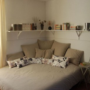 Cool Small Apartment Decorating Ideas For Inspiration 28