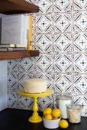 Creative And Innovative Kitchen Backsplash Decor Ideas 01