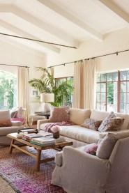 Cute Pink Lving Room Design Ideas 05
