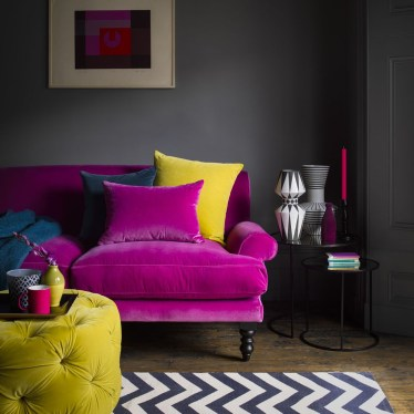 Cute Pink Lving Room Design Ideas 06