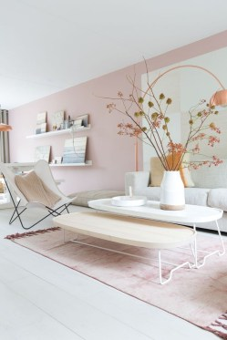 Cute Pink Lving Room Design Ideas 09