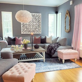 Cute Pink Lving Room Design Ideas 15