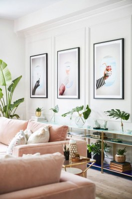 Cute Pink Lving Room Design Ideas 25