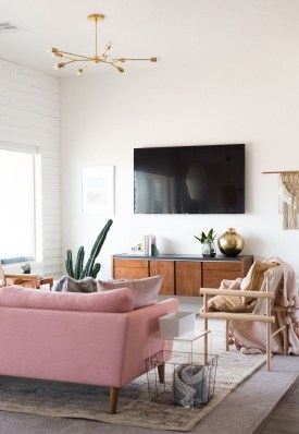 Cute Pink Lving Room Design Ideas 27
