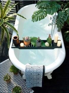Fabulous Coastal Decor Ideas For Bathroom 20