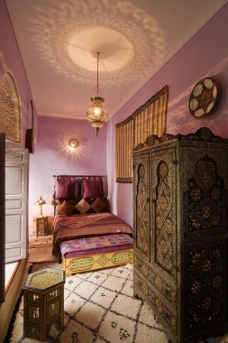 Fascinating Moroccan Bedroom Decoration Ideas 06