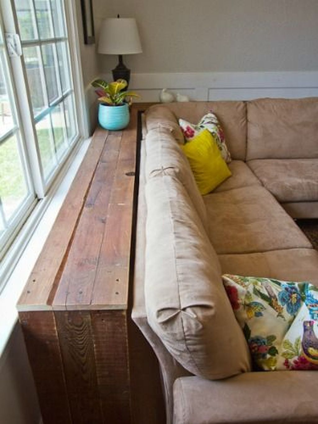 Genius Space Saving Hacks For Your Tiny House 38