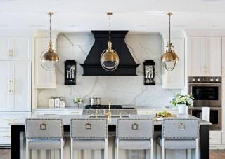 Gorgeous Black Kitchen Design Ideas You Have To Know 12