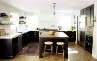 Gorgeous Black Kitchen Design Ideas You Have To Know 26