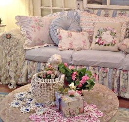 Lovely Shabby Chic Living Room Design Ideas 04