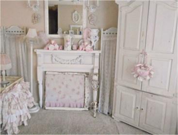 Lovely Shabby Chic Living Room Design Ideas 23