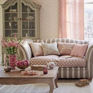 Lovely Shabby Chic Living Room Design Ideas 26
