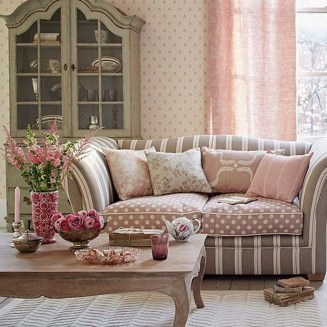 Lovely Shabby Chic Living Room Design Ideas 26