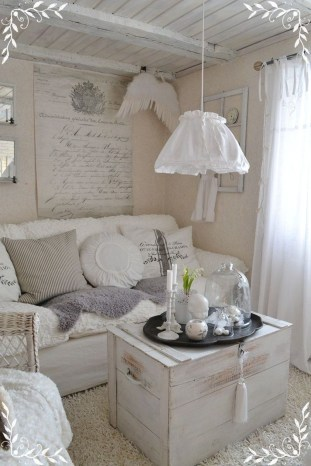 Lovely Shabby Chic Living Room Design Ideas 42