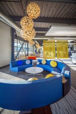 Perfect Contemporary Home Office Design Ideas 31